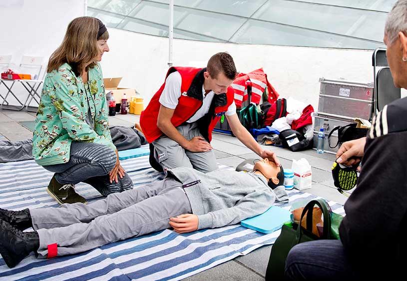 Basis Ehbo Cursus Oranje Kruis Frankhuisen Medical Training